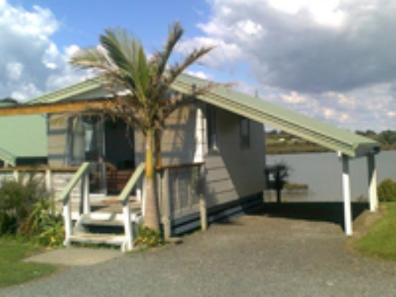 Clarks Beach Holiday Motel Auckland, New Zealand