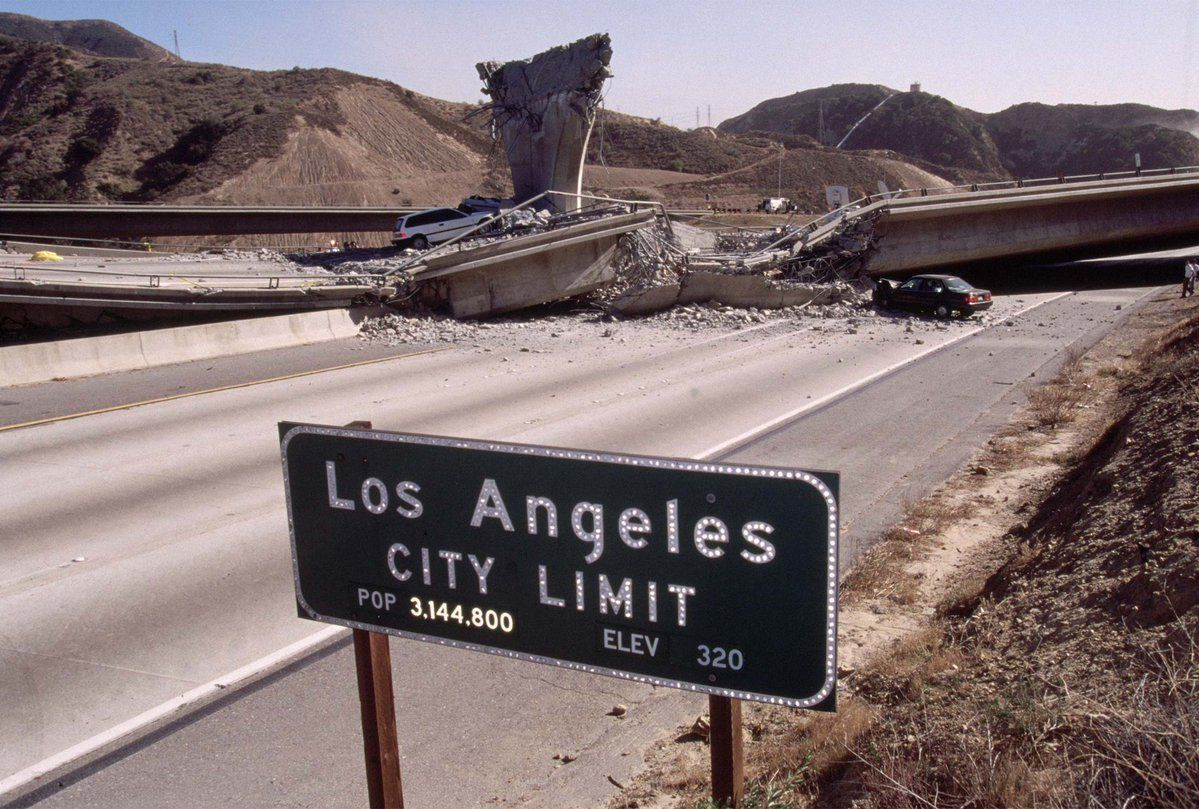 Northridge Earthquake The First Day in Photos in 2020