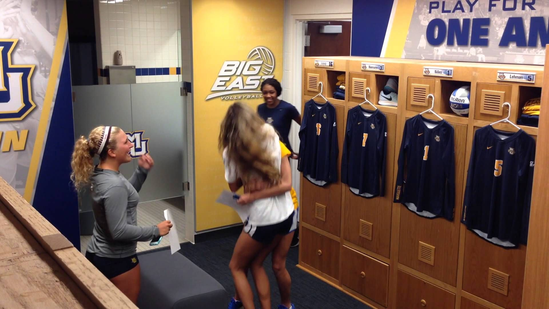 Marquette Volleyball Locker Room Reveal August 2015 Volleyball Locker Locker Room Volleyball News