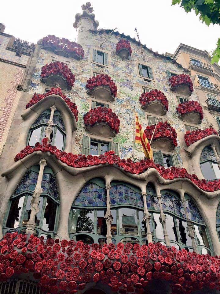 Pin By Susan Prior On Barcelona Barcelona Architecture Casa Batlló Antonio Gaudí