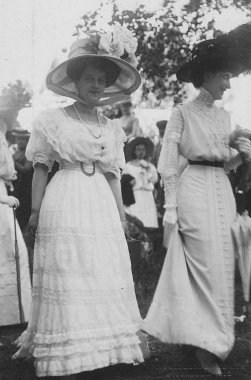 Grand Duchess Maria Pavlovna in Sweden after her marriage to Prince Wilhelm and Princess Ingeborg of Denmark - 1909.