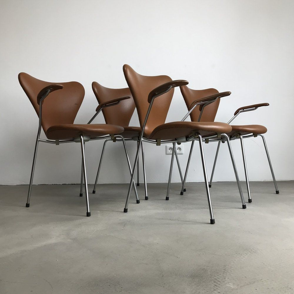 Design Stoelen Sale.For Sale Soft Cognac Leather Model 3107 3207 Dining Chairs By