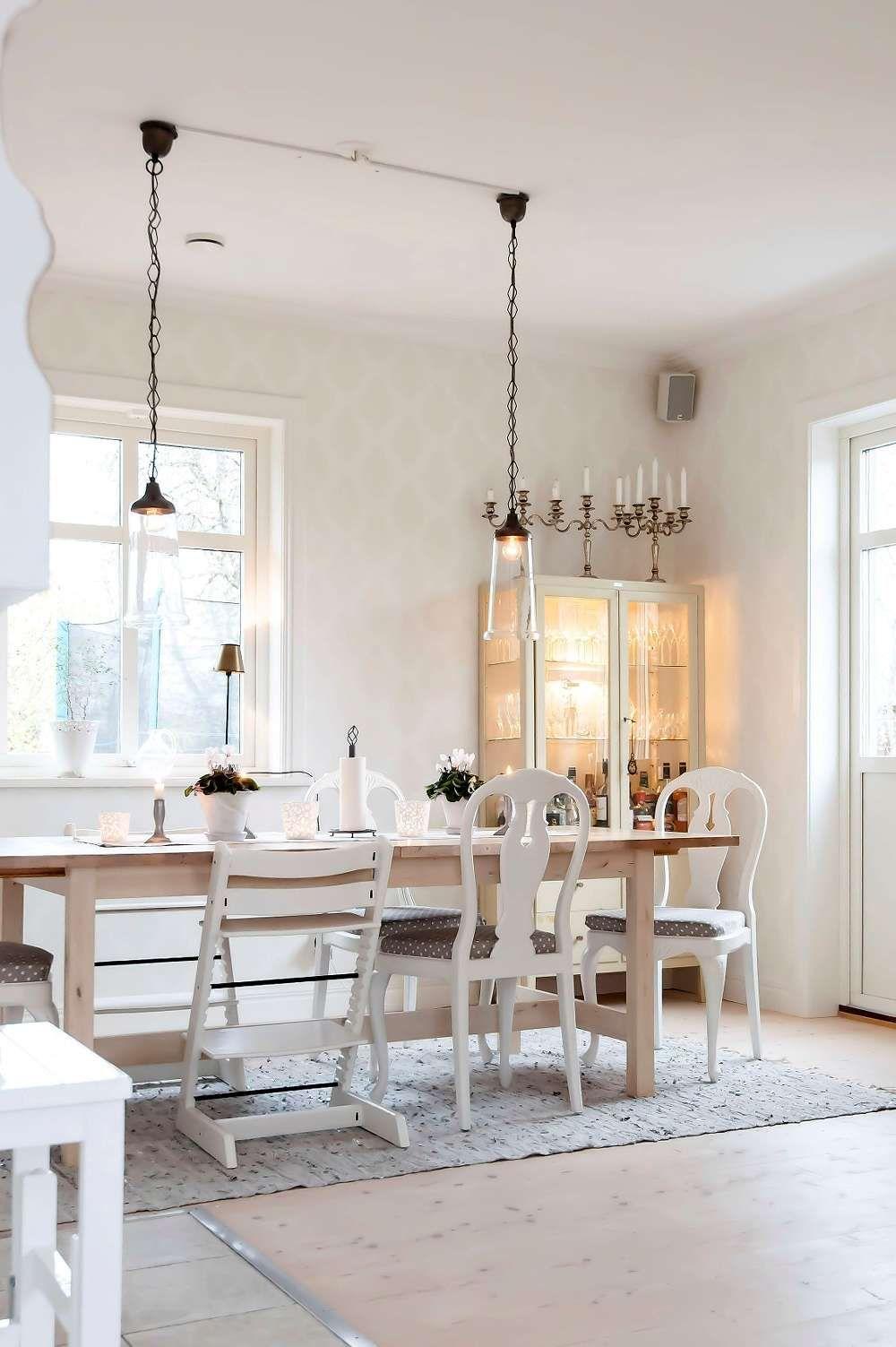 Küchen-designmöbel vi ville bygga nytt i gammal stil