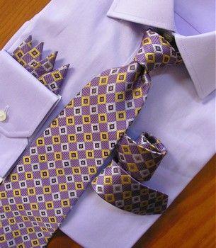 Antonio Ricci 100% Silk Woven Tie - Diamonds on Purple