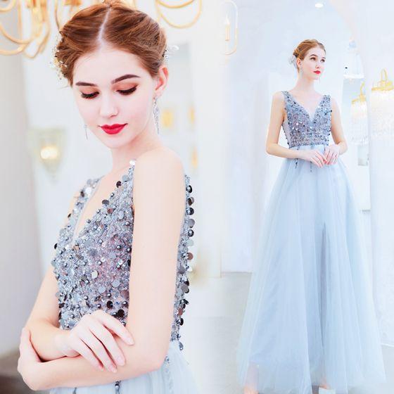 Photo of Charmante silberne Abendkleider 2019 A-Linie V-Ausschnitt Perlen Pailletten ärmellos rückenfrei lang …