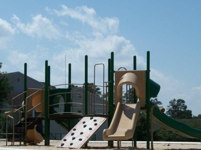 Ridgewood West Affordable Apartments In Huntsville Tx Found At Affordablesearch Com Affordable Apartments Ridgewood Apartment