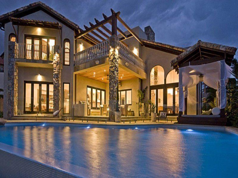 Home Exterior Design Among Custom Home Shaped