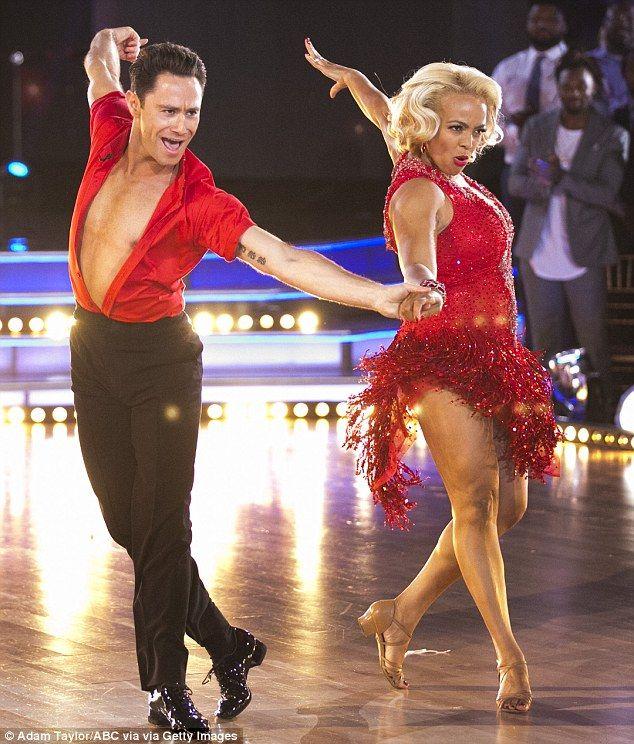Famous hookups carlos pena dancing
