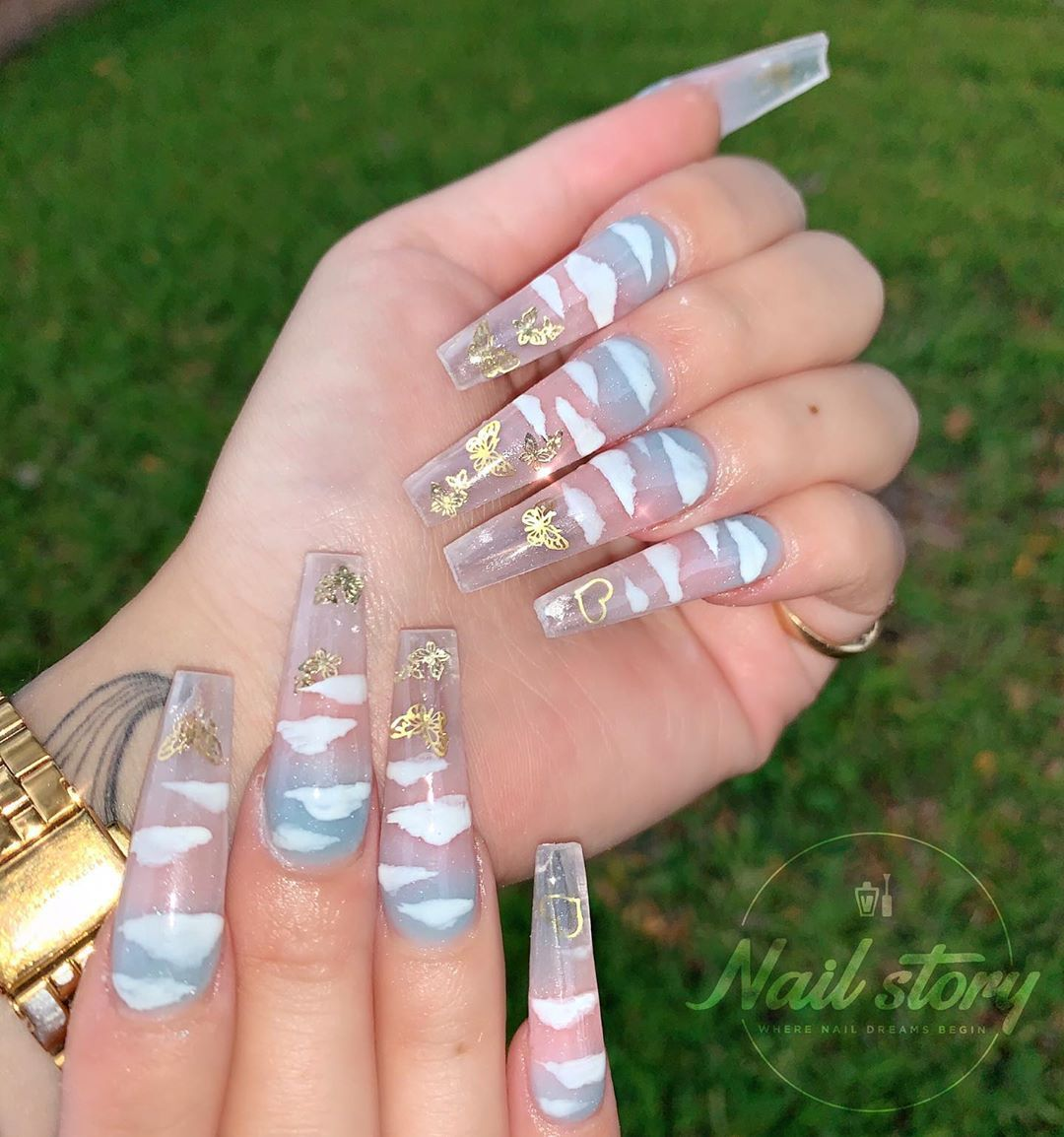 Nail Story Of Chino Hills On Instagram Head In The Clouds Blue Pink To C In 2020 Blue Ombre Nails Clear Acrylic Nails Spring Acrylic Nails