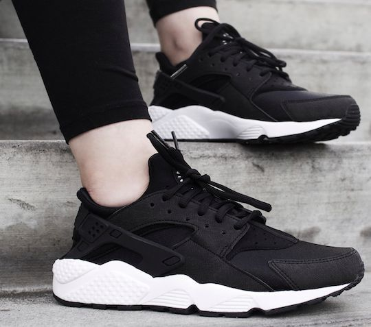 55dbcbd5b5d Nike Air Huarache OG Triple Black White Women Girls 634835 006 ...