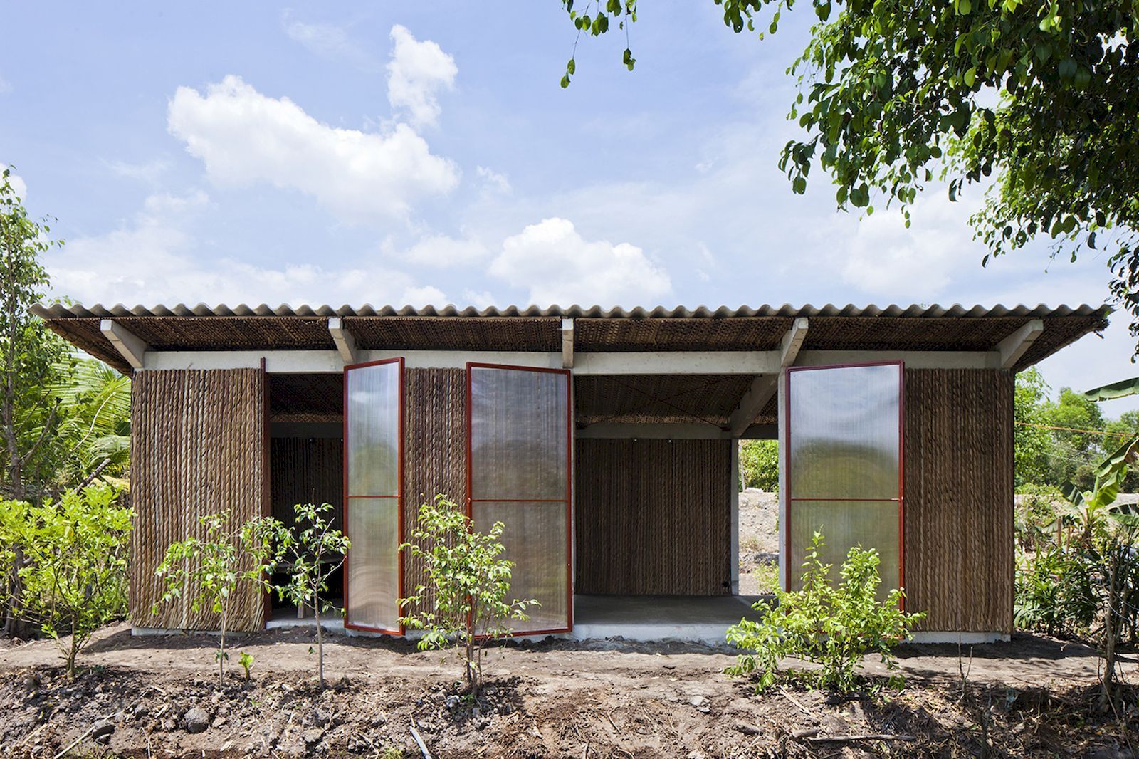 S House Vtn Architects Arch2o Com House Cost Architecture Low Cost Housing
