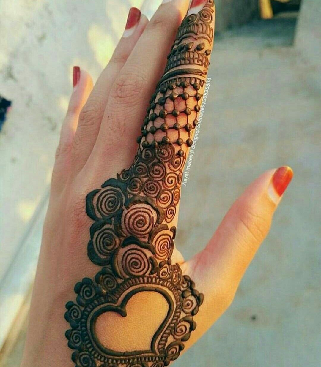 Heart Henna Tattoos: Mehndi Design Images, Mehndi Designs