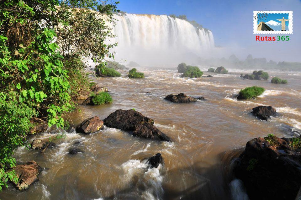 Cataratas De Iguazu 7 Maravillas Naturales Del Mundo Natural Landmarks Nature Waterfall