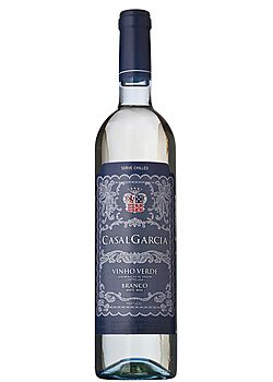 [Wine] ---- Casal Garcia Vinho Verde.