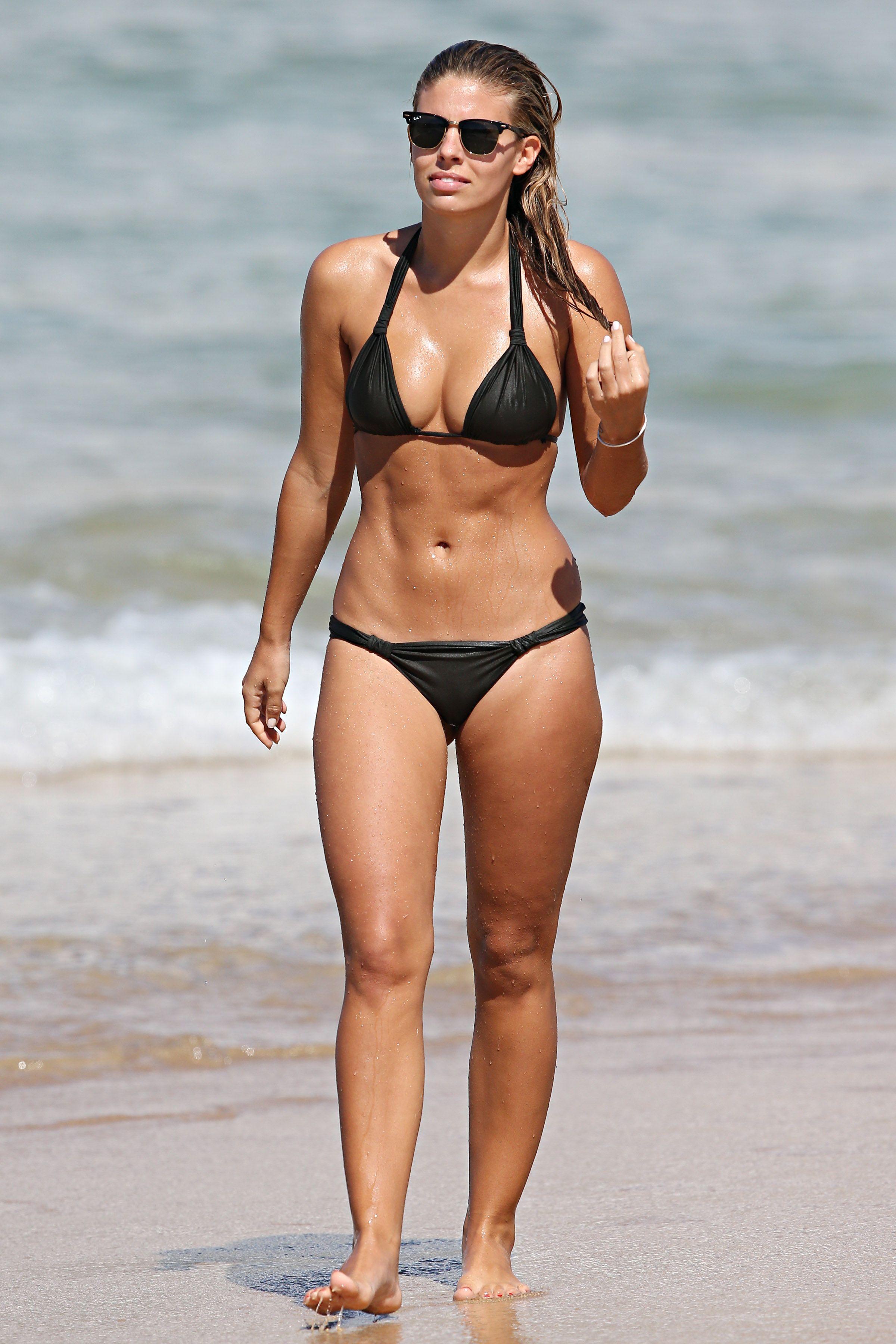 Hot Natasha Oakley nude (34 foto and video), Pussy, Paparazzi, Boobs, cameltoe 2006