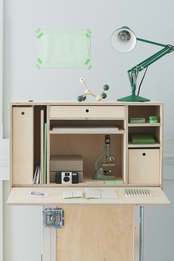 Laboratory Room Design: Custom Commission For A Portable Reserach Lab