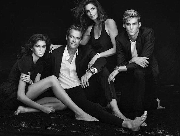 Kaia and Presley join Cindy Crawford and Rande Ger
