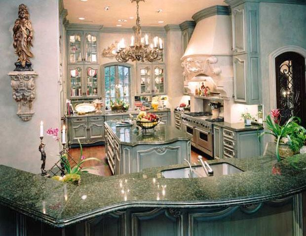 Formal French kitchen designed by Nancy Anderson Ross. | french ...