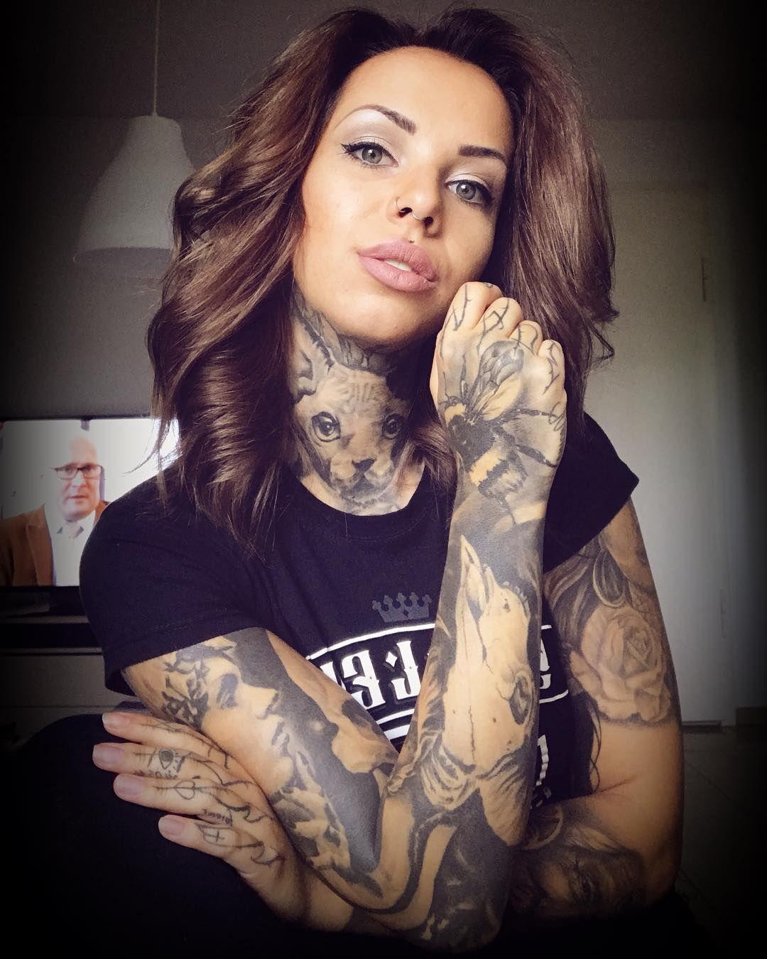 Женщины с тату воспринимаются, как распущенные и доступные