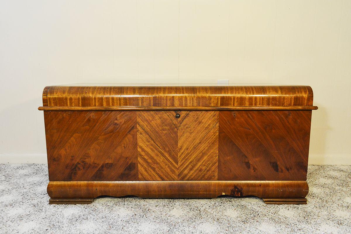 1951 Vintage Lane Cedar Chest Cedar Chest Lane Furniture Vintage Boxes Wooden