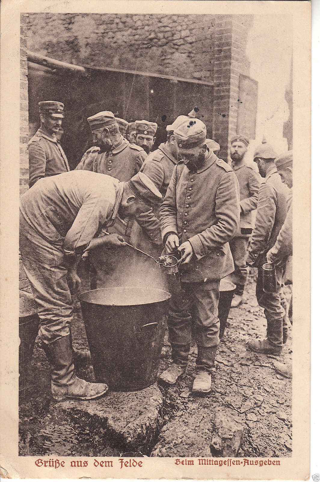 Military ww1 greetings from the field soldiers mealtime german military ww1 greetings from the field soldiers mealtime german pc p341 in collectables postcards military ebay m4hsunfo