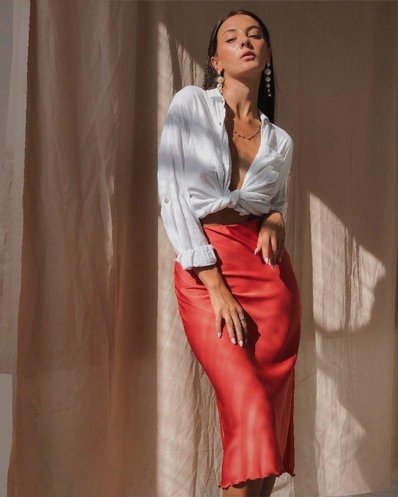 "Картинки по запросу ""silk red midi skirt"""