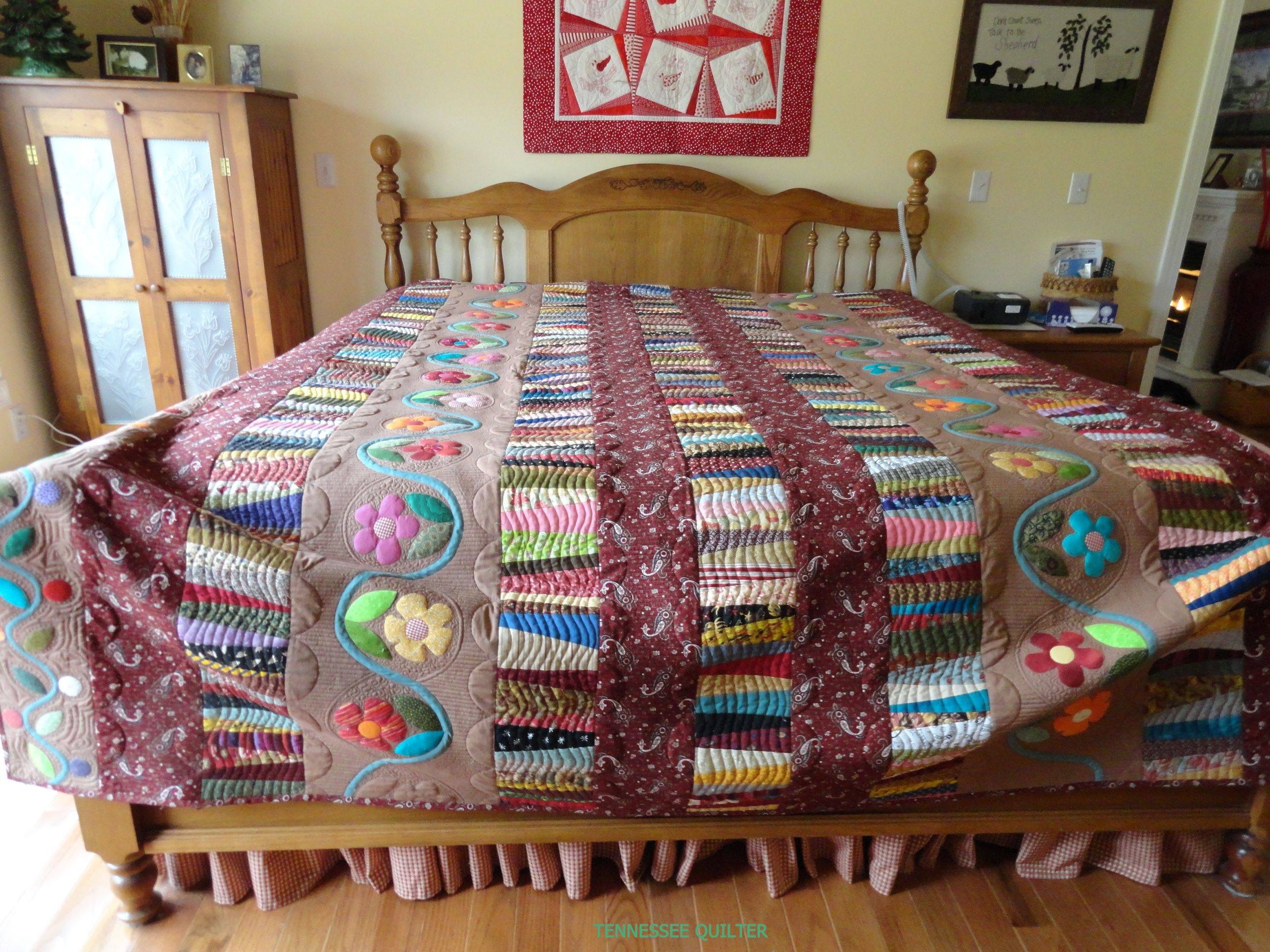 String Quilt with applique--need a better place to take pictures!!