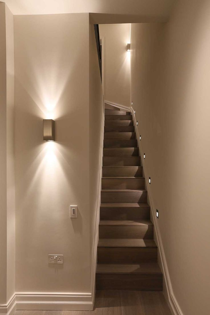 Wall lights for landings escaleras stairway lighting stair lighting y lighting - Apliques para escaleras ...