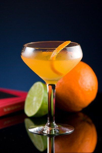 Top 10 Tropical Cocktails For Summer Refreshment Cocktail