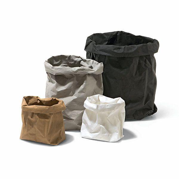 Robuste Aufbewahrungsbehälter für vielerlei Zwecke: als Papierkorb, als Wäschesack oder in kleinem Format für Schreibzubehör. - Ordnungstüten
