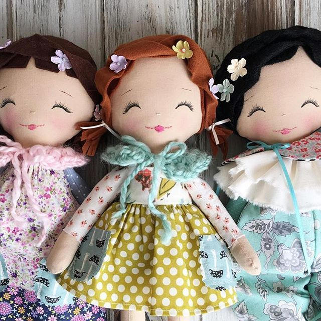 Pssst .. these three cuties are available right now in the SpunCandy Shop!  #spuncandydolls #handmadedolls #clothdolls #availabletoday #readytoship #dollmaker #etsyseller #easterdolls