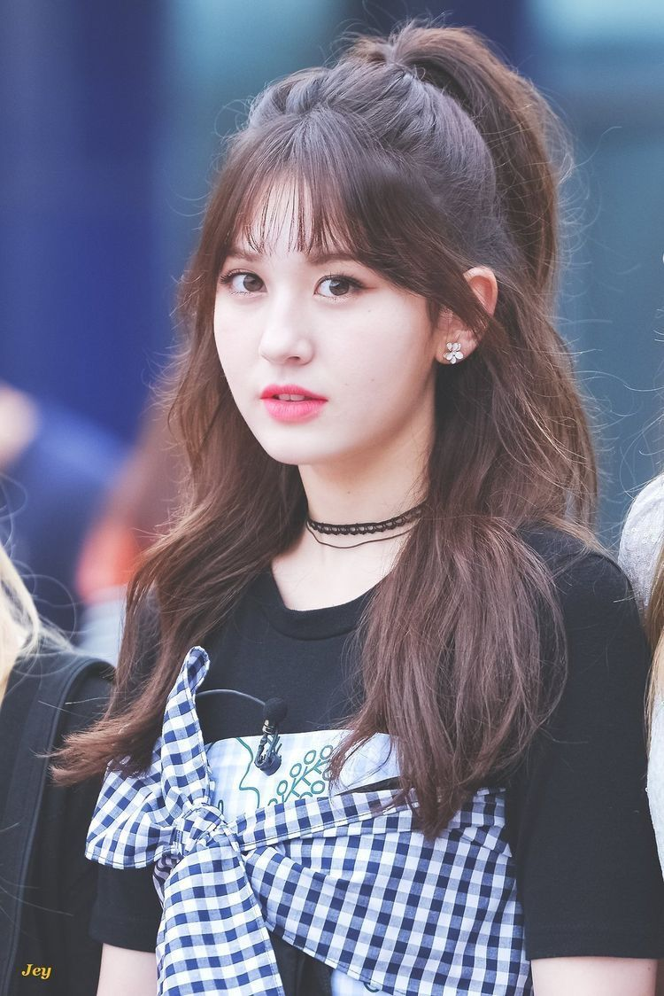 Ioi Somi Jeon Somi Kpop Hair Girl Hairstyles