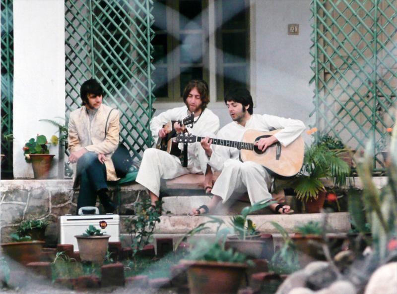 Color C-Print of the Beatles, Paul Saltzman Photographer, N5ENG - Item #: 2592953