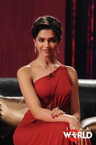 Deepika Padukone Koffee With Karan Season 3 Beautiful Bollywood Actress Deepika Padukone Style Bollywood Celebrities