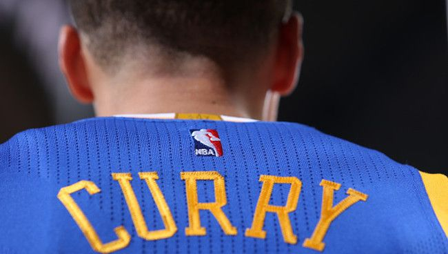 The Warriors Are Hoping To Fetch $20 Million For Their First Jersey Ad - http://ploud.org/the-warriors-are-hoping-to-fetch-20-million-for-their-first-jersey-ad/