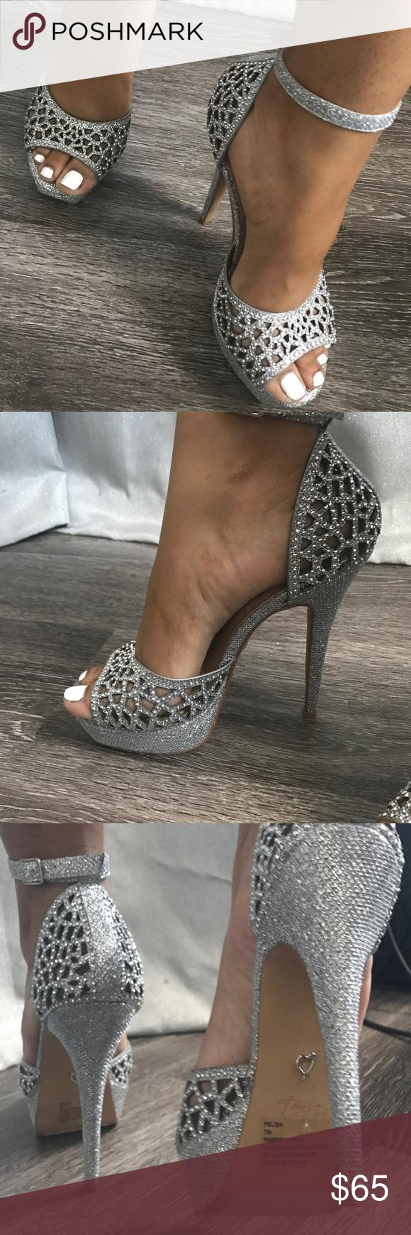 Sparkly heels, Silver sparkly heels