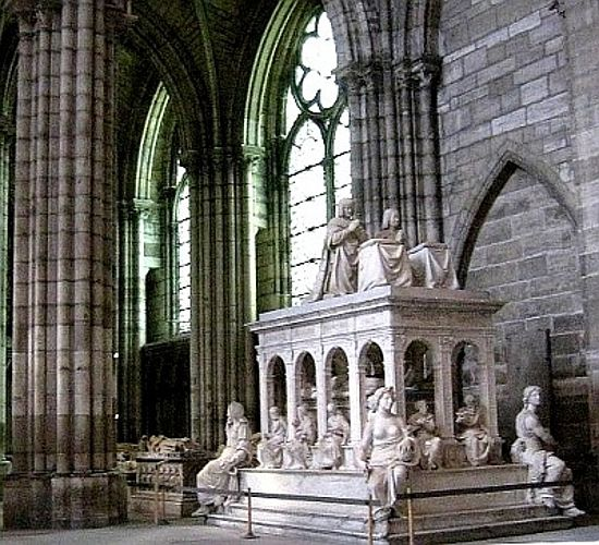 TOmb of Henry II and Catherine de Medici.  St. Denis