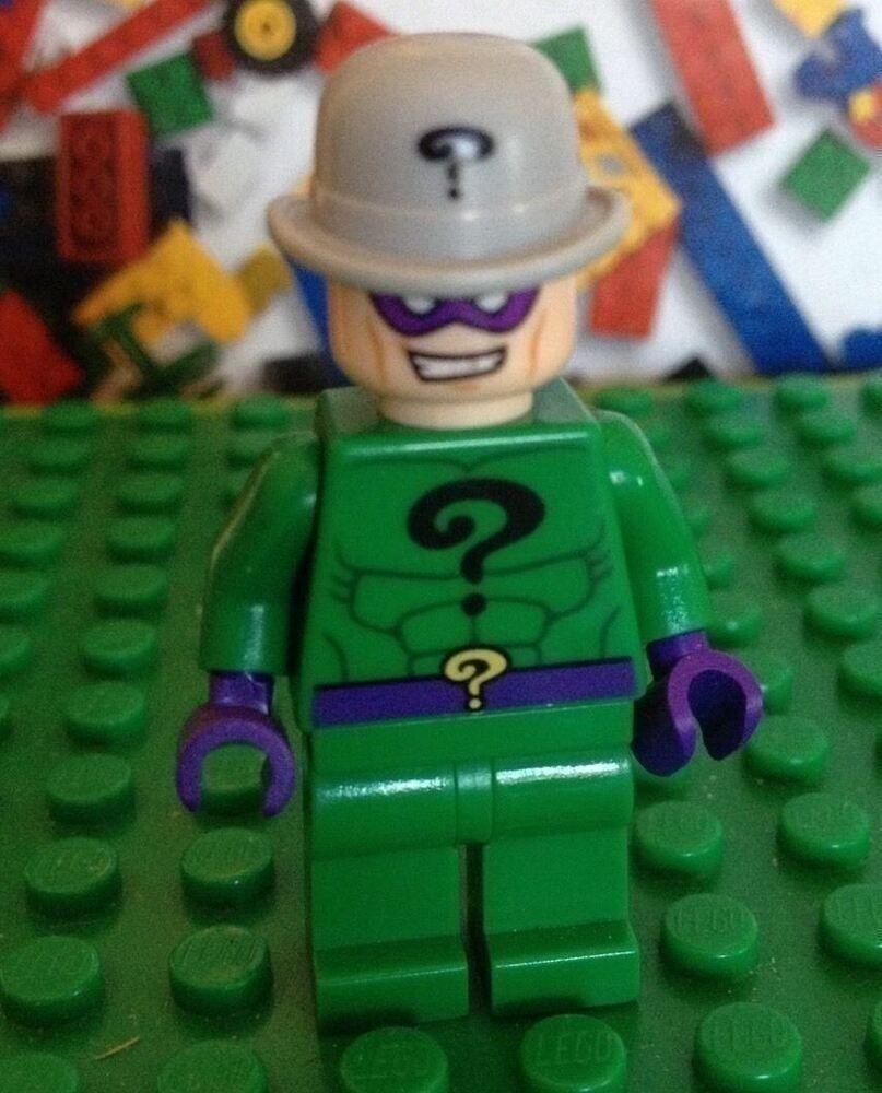 Lego RIDDLER Minifigure Super Heroes Batman Joker Funhouse