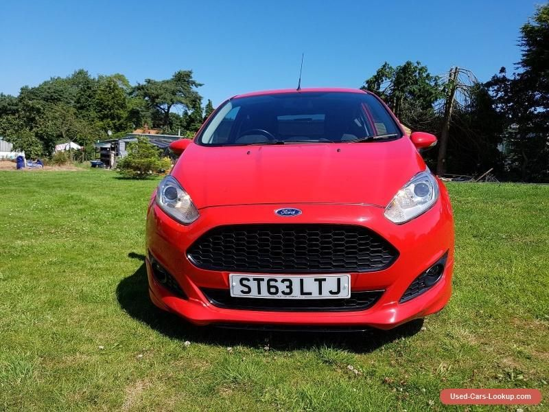 Ford Fiesta Zetec S In Red 1 0 Ecoboost Ford Fiesta Forsale