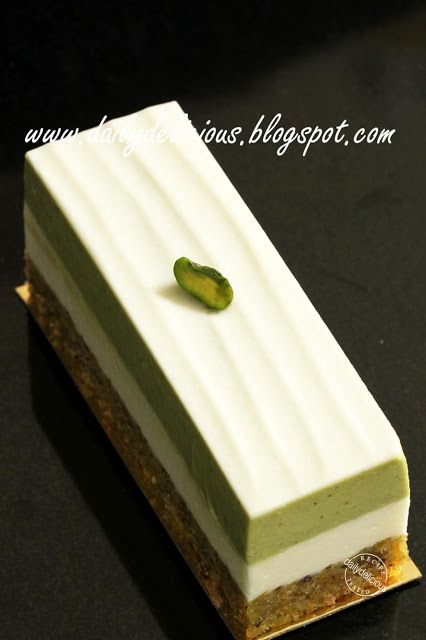 Jasmine Green Tea Mousse With Pistachio Cake Crust Rest Of The Blog Has Interesting Recipes Green Tea Dessert Green Tea Cake Green Tea