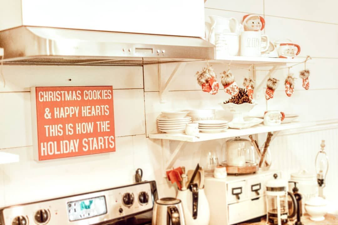 Pin By Little Yellow Cottage On Cozy Christmas Home Decor