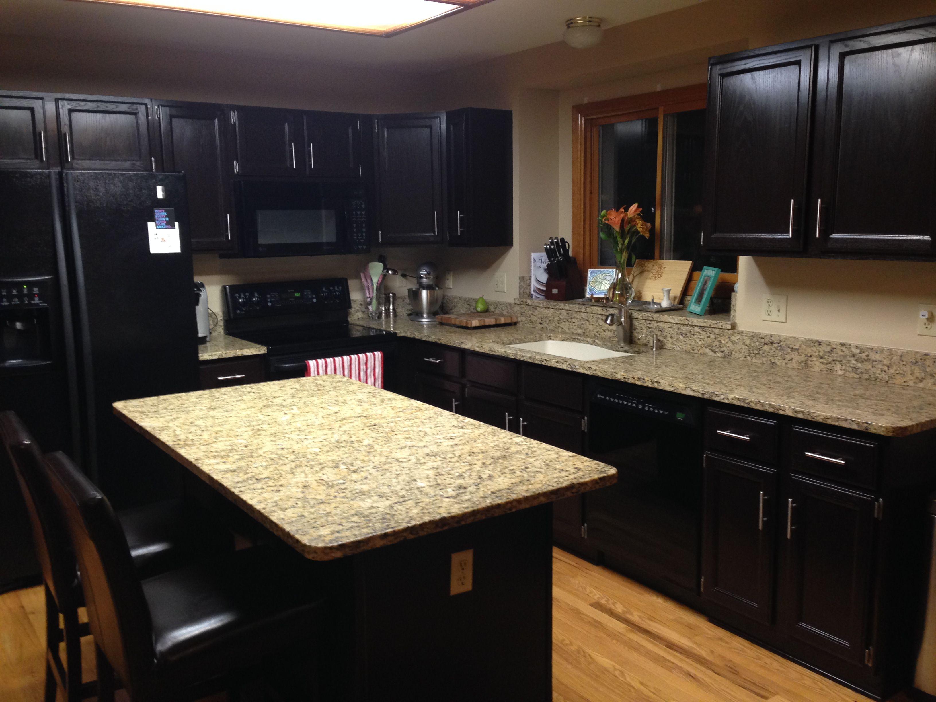 Luxury home small kitchen design within elegant white wooden