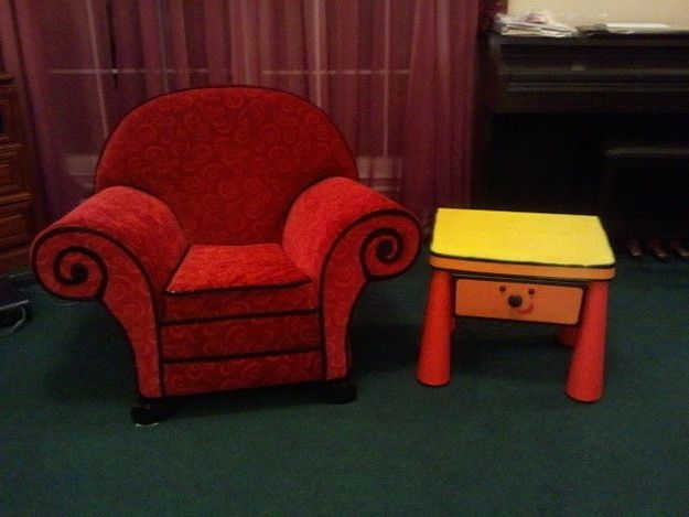 blues clues thinking chair for sale. It\u0027s Steve\u0027s Chair And Table From Blues Clues! $250! | 27 Pieces Of Clues Thinking For Sale N