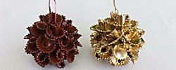 Originales bolas de Navidad hechas con macarrones