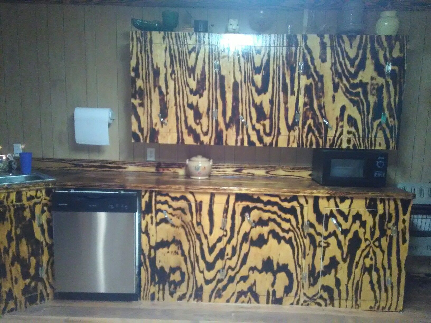 Kitchen Cabinets Using Burnt Pine Kitchen Makeover Using Burntwood