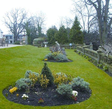 Exterior landscaping from Ambius UK | Landscape design ...