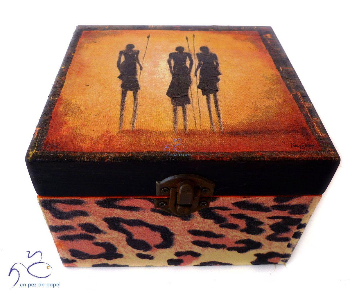 Caja decorada con la técnica decoupage