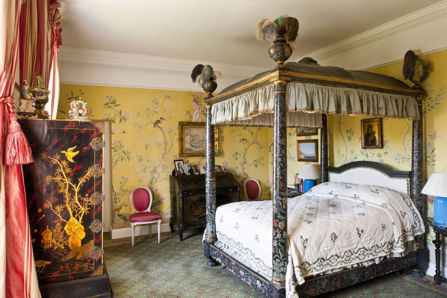 10 Of The Prettiest Bedroom Schemes
