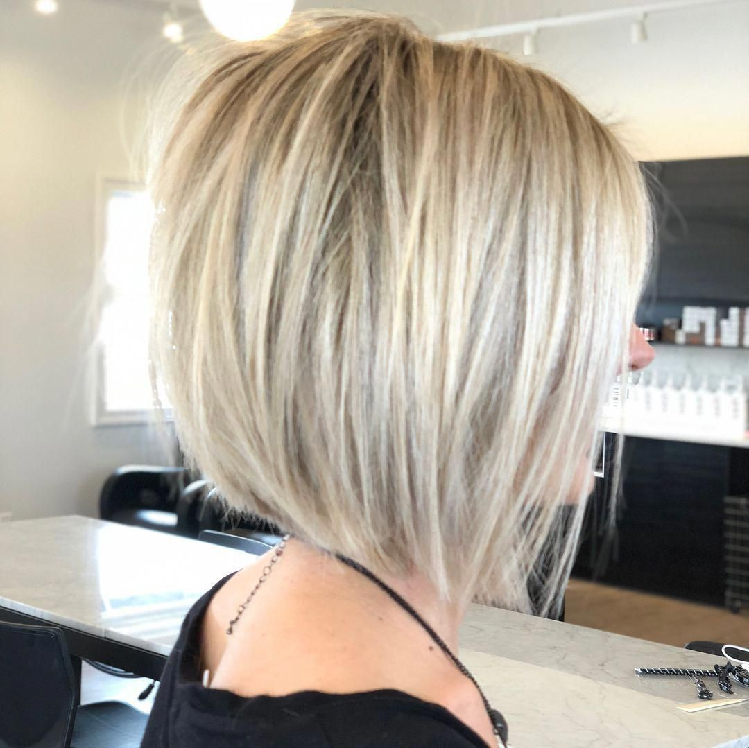 20 Chic Long Inverted Bobs to Inspire Your 2019 Makeover en 2020 | Coupe cheveux carré plongeant ...