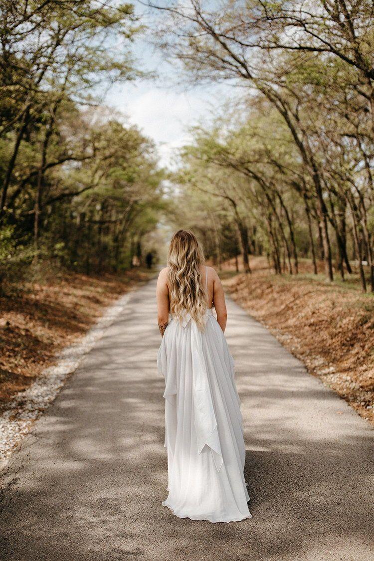 Real wedding taylor dan intimate outdoor wedding in modern